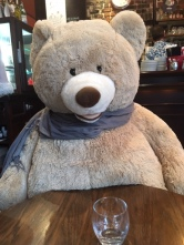 bear_at_cafe